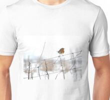 Robin singing on wire fence Unisex T-Shirt