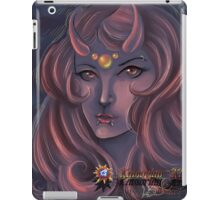 Beautiful Seductive Sucubis iPad Case/Skin