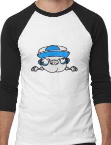 risse kratzer nerd geek schlau freak banner schriftzug elegant text schrift logo design cool crazy verrückt verwirrt blöd dumm komisch gestört  Men's Baseball ¾ T-Shirt
