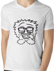 nerd geek schlau hornbrille zahnspange freak pickel haarig monster wuschelig verrückt lustig comic cartoon zottelig crazy cool gesicht  Mens V-Neck T-Shirt