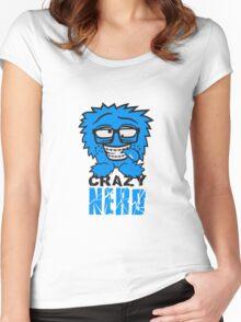 logo nerd geek schlau hornbrille zahnspange freak pickel haarig monster wuschelig verrückt lustig comic cartoon zottelig crazy cool gesicht  Women's Fitted Scoop T-Shirt