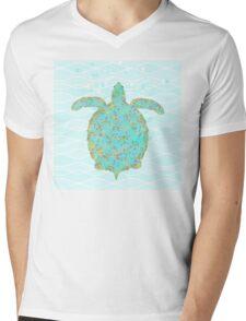 Tucker Turtle, swimming sea turtle coastal art Mens V-Neck T-Shirt
