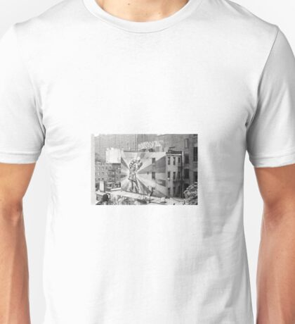"Mural of ""The Kiss"" from the High Line in New York City Unisex T-Shirt"