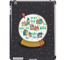 Christmas snow globe  iPad Case/Skin