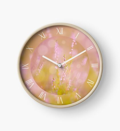 Light pink heather macro Clock