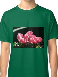 Cyclamen Sunbathing Classic T-Shirt