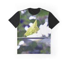 Leaf Graphic T-Shirt