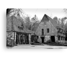 Spooky old house Canvas Print