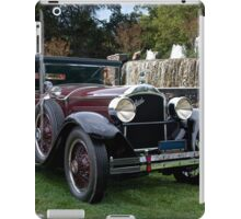 1928 Packard 526 Convertible Coupe I iPad Case/Skin