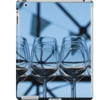 """Challenges 13 - """"Waiting to be served"""" iPad Case/Skin"""