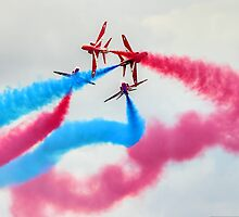 The Red Arrows Gypo Break 2 - Dunsfold 2014 by Colin  Williams Photography
