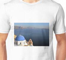 Blue church dome in Santorini, Greece Unisex T-Shirt