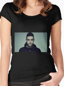 MR.Robot Women's Fitted Scoop T-Shirt