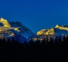 Sunrise on Begbie MT by RevelstokeImage