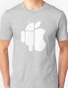 Apple and Android // No clear winner Unisex T-Shirt