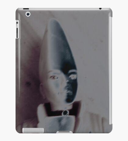 pinhead 028 iPad Case/Skin