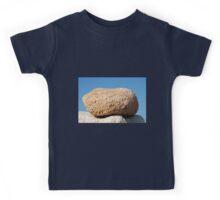 Summit stone, Halki Kids Tee