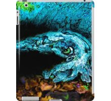 barking shy cuttlefish iPad Case/Skin
