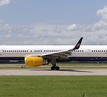 Icelandair 757-300 at Manchester Airport by PlaneMad1997