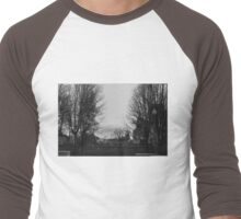 The Chicago Bean Captured in Black and White Men's Baseball ¾ T-Shirt