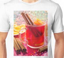 Transparent mug with citrus mulled wine, cinnamon and orange Unisex T-Shirt