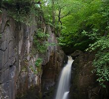 Idyllic Yorkshire dales Waterfall by chris2766