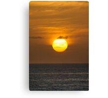 Golden sky at dawn Canvas Print