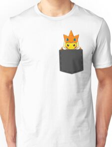 Pokemon - Pikachu with Charizard cosplay in pocket Unisex T-Shirt