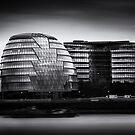 London City Hall & Skyline.  by Ian Hufton