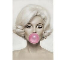 Marilyn Monroe Bubble Gum by sophiearoussel