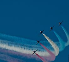 The Red Arrows at Chatsworth House by Picturfine