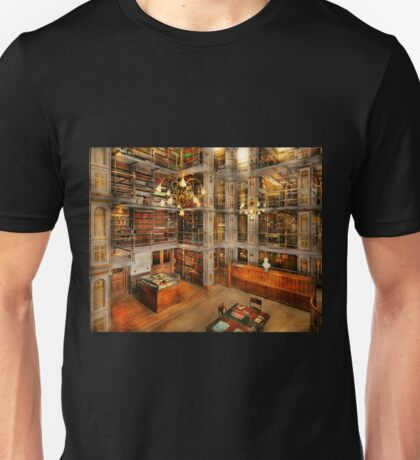Library - A literary classic 1905 Unisex T-Shirt
