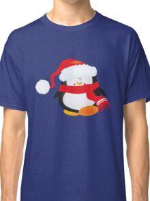 cute little xmas penguin Classic T-Shirt
