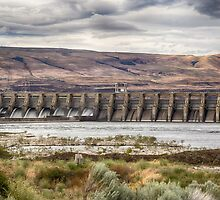 The Dalles Dam by yellocoyote