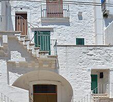 Cisternino - Apulia - Italy by Arie Koene
