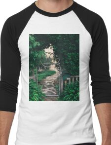 Leafy gate with a bicycle wheel decoration Men's Baseball ¾ T-Shirt