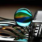 Glasmurmel und Eierschneider by SmoothBreeze7