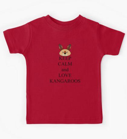 Keep calm and love kangaroos Kids Tee