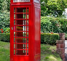 Call Home : - Red Telephone Box by AnnDixon