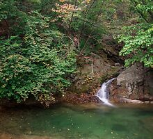 Waterfall in Gwangdeok-ri, Gangwon Province by koreanrooftop