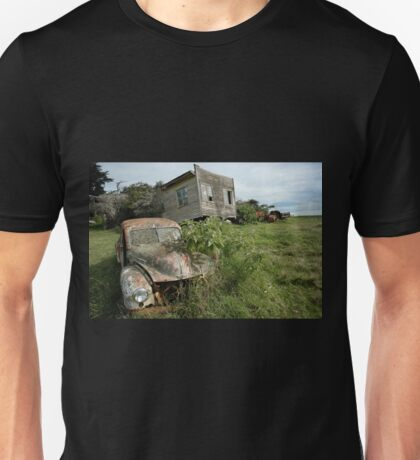 Derelict Morris and old truck on an abandoned farm Unisex T-Shirt