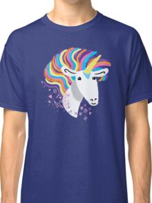completely love this unicorn Classic T-Shirt