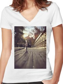 stood up - central park Women's Fitted V-Neck T-Shirt