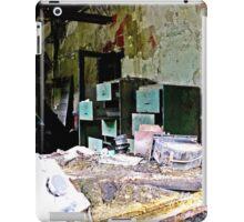 Green Cabinet iPad Case/Skin