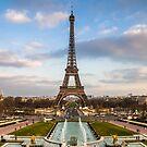 Paris by Radek Hofman