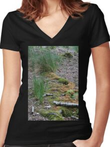 Off the Path Women's Fitted V-Neck T-Shirt