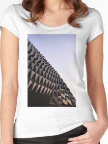 Side Sahmri Women's Fitted Scoop T-Shirt