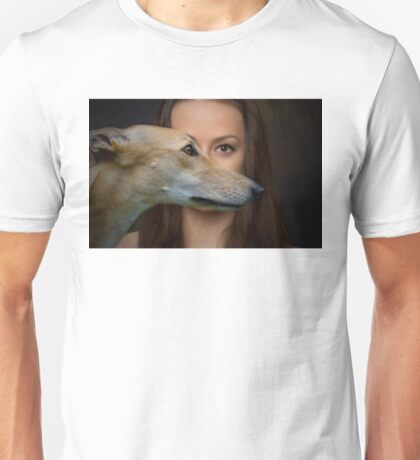 The eyes of a woman Unisex T-Shirt