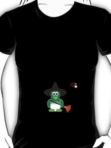 Halloween Penguin - Witch T-Shirt