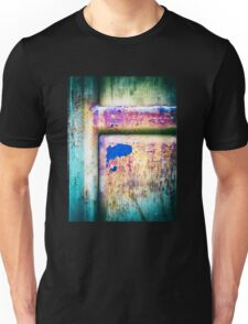 Blue in rusty door Unisex T-Shirt